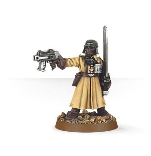 Steel Legion Commander with Power Sword & Pistol - фото 17863
