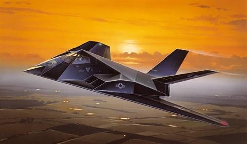Самолет  F-117A NIGHTHAWK (1:72) - фото 20928