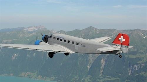 """Самолет  JUNKERS JU-52 3/m """"TANTE JU"""" (1:72) - фото 20947"""