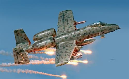 Самолет  A-10A JAWS (1:48) - фото 20980