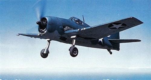 """Палубный истребитель F6F """"Хэллкэт"""" (1:72) - фото 22064"""
