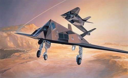 """Самолет-невидимка F-117А """"Стелс"""" (1:72) - фото 22082"""