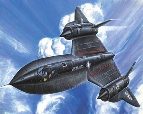"""Сверхскоростной самолет Локхид SR-71 """"Блекбёрд"""" (1:72) - фото 22099"""