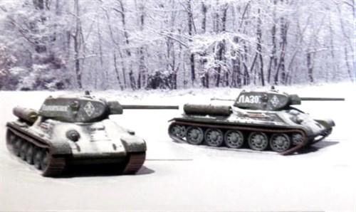 Танк  T 34 / 76 мод.42  (2 быстросборные модели) (1:72) - фото 36420