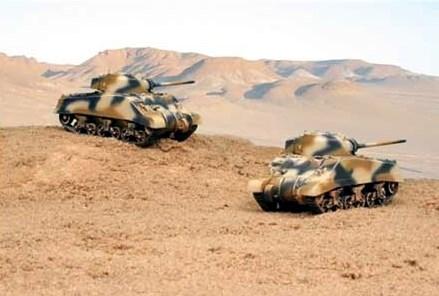 Танк  M4A2 Шерман III  (2 быстросборные модели) (1:72) - фото 36422