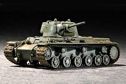 Танк  КВ-1 1942 г. с легкой башней (1:72) - фото 36486