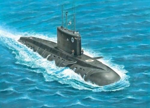 """Подводная лодка  """"Варшавянка"""" (1:700) - фото 36543"""