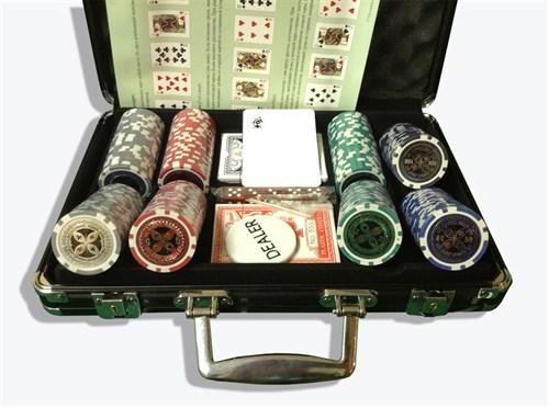 """""""Ultimate 200"""",  Профессиональный набор для игры в покер.  200 фишек по 14 грамм. 2 колоды карт - фото 39377"""