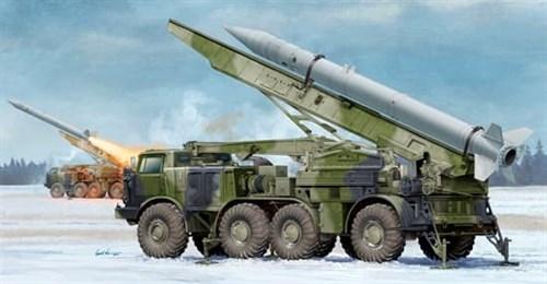 РАКЕТНЫЙ КОМПЛЕКС RUSSIAN 9P113 TEL W/9M21 ROCKET OF 9P52 LUNA-M (1:35)