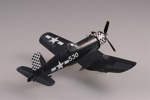 """Купите Самолет  F4U-1D """"Корсар"""" VMF-312 Окинава 1945 г. (1:72) в интернет-магазине «Лавка Орка». Доставка по РФ от 3 дней."""