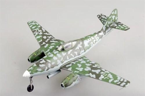 Купите Самолёт  Me-262A-2a, KG51 (1:72) в интернет-магазине «Лавка Орка». Доставка по РФ от 3 дней.