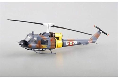 Купите Вертолет  UH-1F U.S.Air Force (1:72) в интернет-магазине «Лавка Орка». Доставка по РФ от 3 дней.