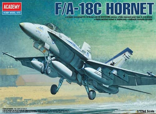 "Купите  Самолет  F/A-18C ""Хорнет"" (1:72)  в интернет-магазине «Лавка Орка». Доставка по РФ от 3 дней."