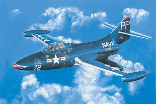 """Купите Самолет  F9F-2P """"Пантера"""" (1:48) в интернет-магазине «Лавка Орка». Доставка по РФ от 3 дней."""