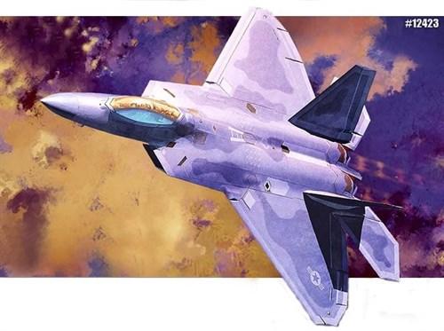 Купите Самолёт F-22 Raptor (1:72) в интернет-магазине «Лавка Орка». Доставка по РФ от 3 дней.