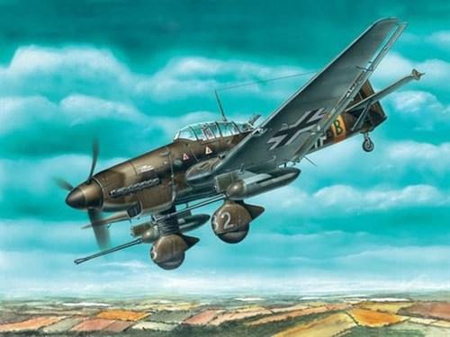 Купите Пикирующий бомбардировщик Юнкерс Ju-87G-1 (1:72) в интернет-магазине «Лавка Орка». Доставка по РФ от 3 дней.