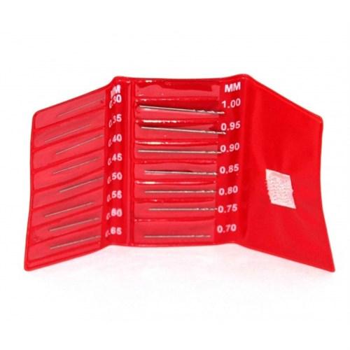 Купите мини-сверла, диаметр 0,3 - 1,0 мм, набор 15 шт., в мягком чехле в интернет-магазине «Лавка Орка». Доставка по РФ от 3 дней.