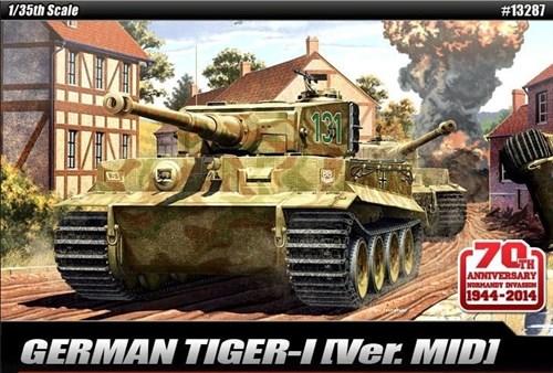 "Танк  TIGER-I MID VER. ""Anniv.70 Normandy Invasion 1944""  (1:35) - фото 66411"