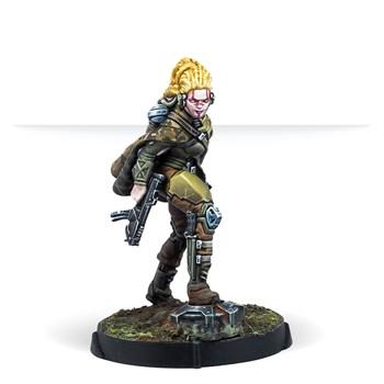Aïda Swanson, Submondo Smuggler (Submachine Gun) (Non-Aligned Armies)
