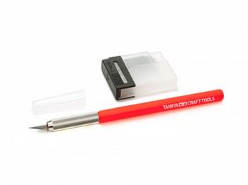Дизайнерский нож с 25 доп.лезвиями с красной ручко