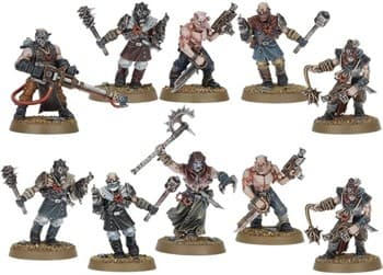 Chaos Cultists with close combat weapon из стартера Dark Vengeance