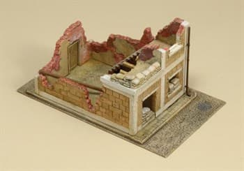 Диорама  WRECKED HOUSE (1:72)
