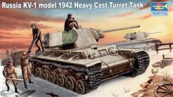 Танк  КВ-1 модель 1942 г. c тяж. башней (1:35)