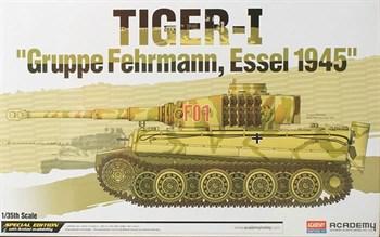 """Танк TIGER-I """"Gruppe Fehrmann, Essel 1945""""  (1:35)"""
