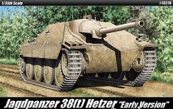 """Jagdpanzer 38(T) Hetzer """"Early Ver.""""  (1:35)"""