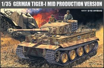 Танк  Pz.Kpfw.VI Тигр ср.вып. (1:35)