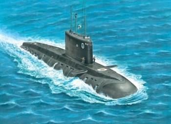"""Подводная лодка  """"Варшавянка"""" (1:700)"""
