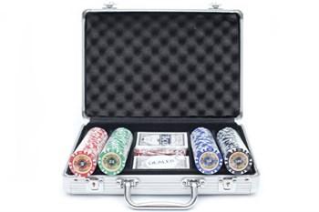 """""""Crown 200"""",  Профессиональный набор для игры в покер.  200фишек по 14 грамм. 2 колоды карт  с пластиковым покрытием."""