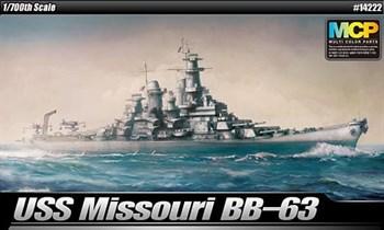 КОРАБЛЬ USS MISSOURI BB-63 (1:700)
