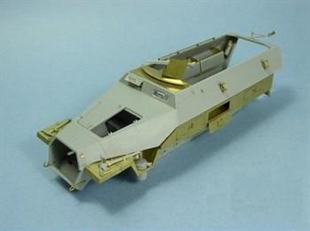 Купите Бронетранспортер  Sd.Kfz.251 Ausf.C (для DML) в интернет-магазине «Лавка Орка». Доставка по РФ от 3 дней.