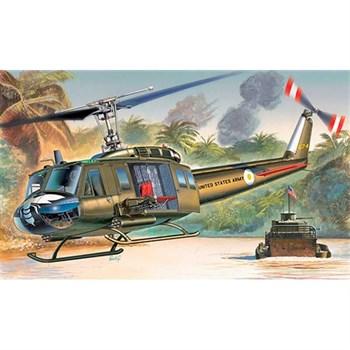 Купите Вертолет  UH-1D IROQUOIS (1:72) в интернет-магазине «Лавка Орка». Доставка по РФ от 3 дней.