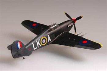 """Купите Самолет  """"Харрикейн"""" MkII 87 командир эскадры 1940/1941 гг. (1:72) в интернет-магазине «Лавка Орка». Доставка по РФ от 3 дней."""