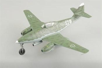 Купите Самолёт  Me-262A-2a, база на Рейне, 1944 (1:72) в интернет-магазине «Лавка Орка». Доставка по РФ от 3 дней.