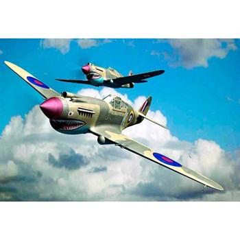 Купите Самолёт  Curtiss P-40B Warhawk (1:48) в интернет-магазине «Лавка Орка». Доставка по РФ от 3 дней.