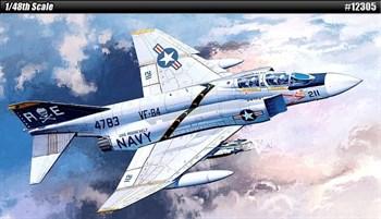 """Купите Самолет  F-4J """"VF-84 Jolly Rogers"""" (1:48) в интернет-магазине «Лавка Орка». Доставка по РФ от 3 дней."""