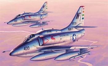 "Купите Самолёт  A-4F ""Скайхок"" (1:32) в интернет-магазине «Лавка Орка». Доставка по РФ от 3 дней."