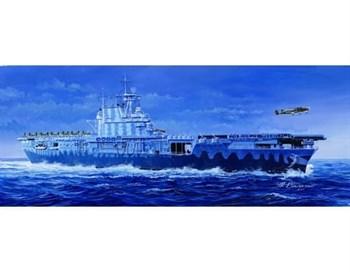 "Купите Авианосец  CV-8 ""Хорнет"" (1:700) в интернет-магазине «Лавка Орка». Доставка по РФ от 3 дней."