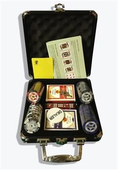 """Купите """"STAR 100"""", набор для игры в покер, 100 фишек по 14,5 грамм в чёрном кейсе. пластик в интернет-магазине «Лавка Орка». Доставка по РФ от 3 дней."""