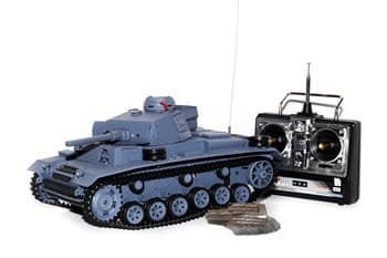 Радиоуправляемый танк Heng Long Panzerkampfwagen III Ausf L SD KFZ масштаб 1:16 2.4 G