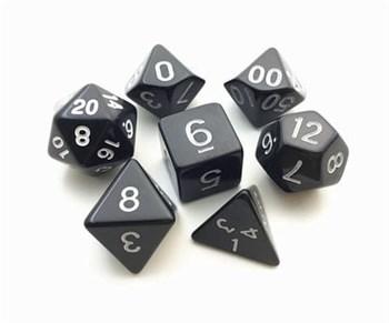 Набор разногранных черных кубиков