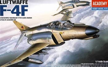 Самолет  F-4F  (1:144)