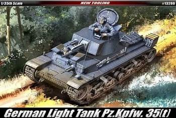 Танк  Pz.kpfw.35(t)  (1:35)