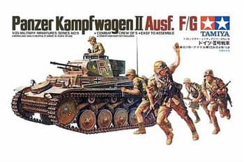Танк PANZERKAMPFWAGEN II Ausf F/G с 20мм пушкой KWK38, 7,92мм пул-ом MG34 и 5 фигурами