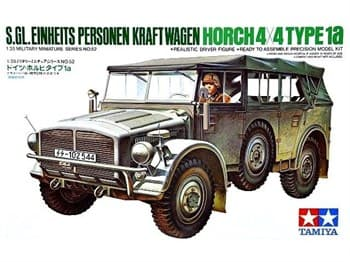 Автомобиль HORCH TYPE 1A с 1 фигурой водителя