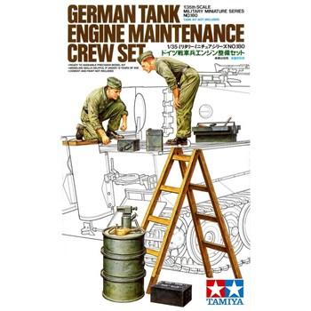 Немецкие механики (2 солдат), меняющие двигатель 700 л.с. на танках TIGER или PANTHER