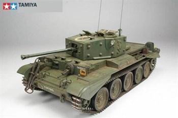Английский средний крейсерский танк Mk.VIII Кромвель Mk.IV, индекс разработки A27M (Meteor) с 1фигурой командира